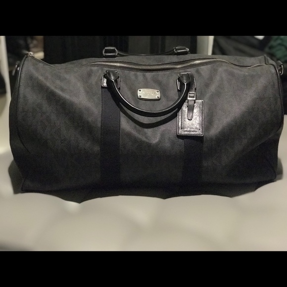Michael Kors Handbags - Michael Kors Duffle Bag